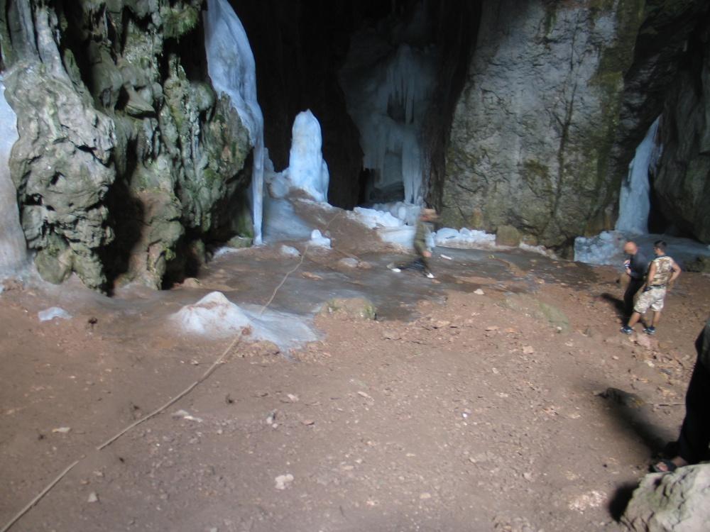 Пещера Ледяная (Большой