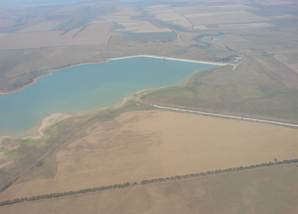 В Крыму обмелело Межгорное водохранилище